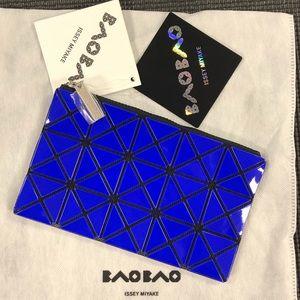 🆕 BAO BAO ISSEY MIYAKE  Prism Flat Pouch